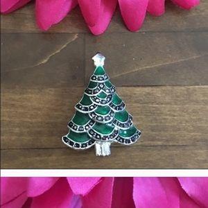 Vintage Christmas tree 🎄 enamel pin brooch
